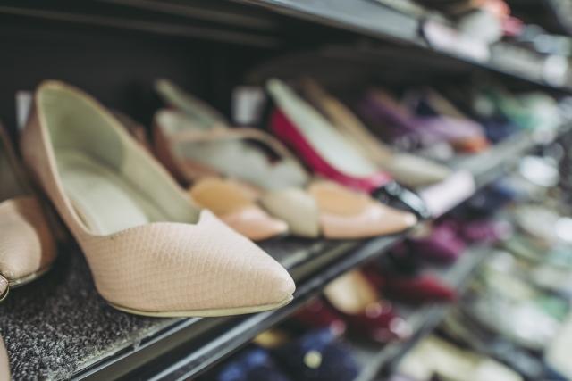ヒールの高い靴を履かない方がいい3つの理由